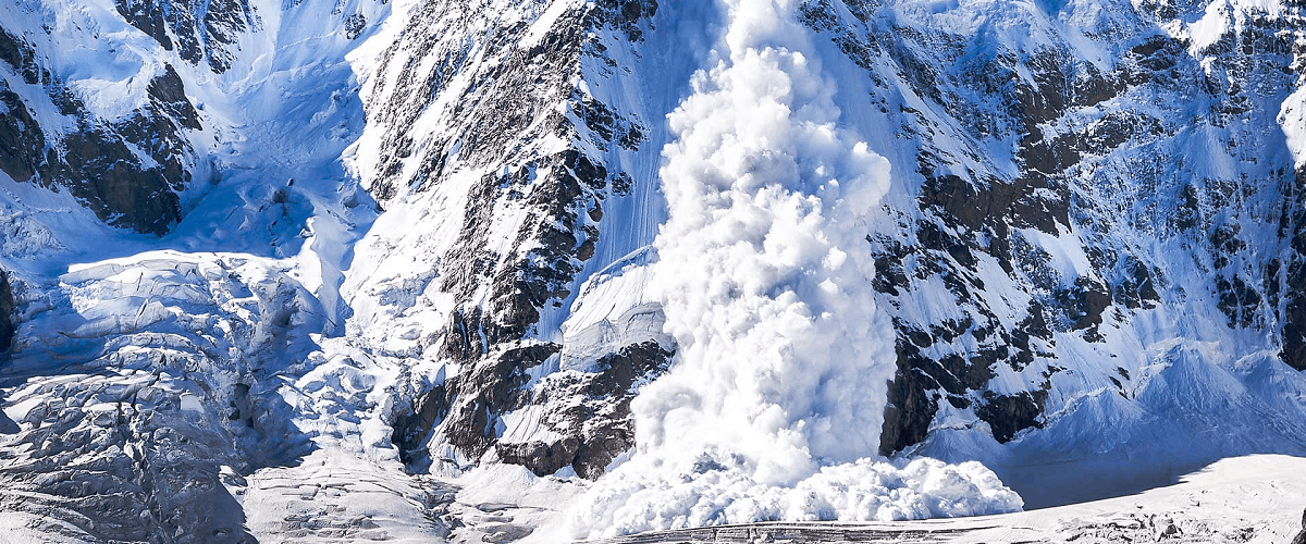 how to survive avalanche guide help snow winter